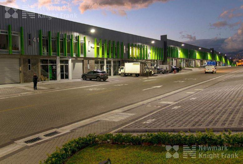 Foto Bodega Industrial en Venta en  Escazu ,  San José  Ofibodega disponible para venta en Escazú