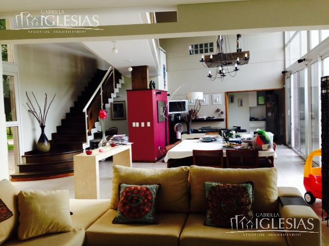 Casa en Alquiler  y Venta  en Nordelta Los Castores