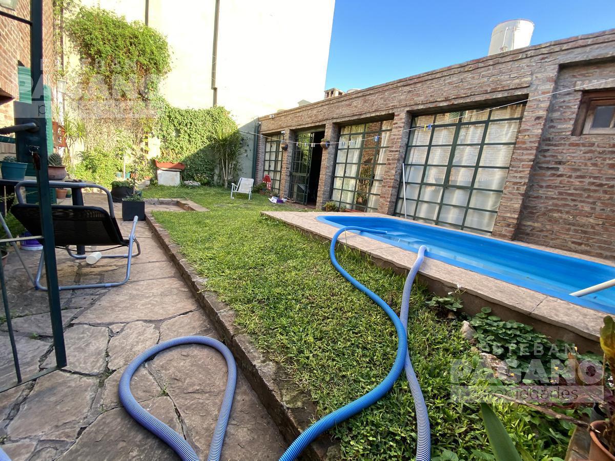 Foto Casa en Venta en  La Plata ,  G.B.A. Zona Sur  29 e 55 y 56
