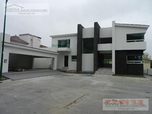 Foto Casa en Venta |  en  Sierra Alta 2  Sector,  Monterrey  GN-1883