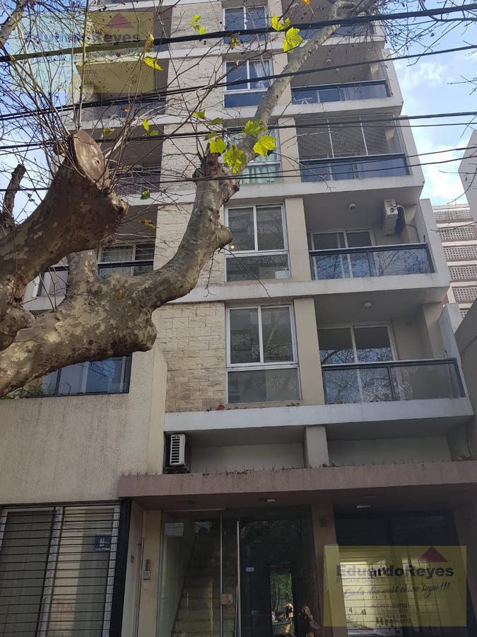 Foto Departamento en Venta en  Lomas de Zamora Este,  Lomas De Zamora  SARMIENTO 31 PISO 1