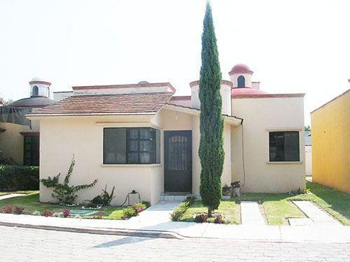 Foto Casa en Venta en  La Magdalena,  Tequisquiapan  2 casas de una planta en conjunto residencial