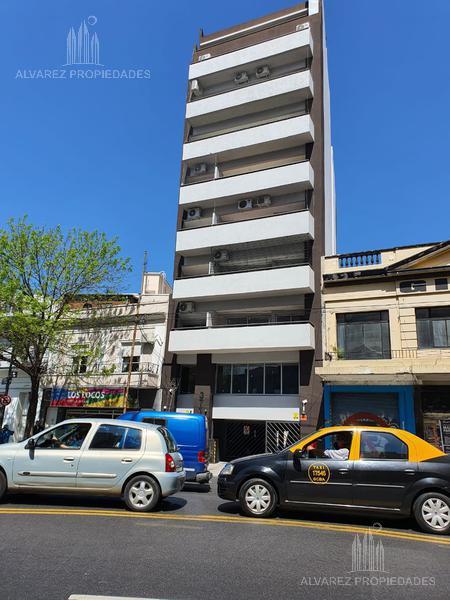 Foto Departamento en Venta en  Parque Chas,  Villa Urquiza  Triunvirato al 3700 con cochera Oportunidad
