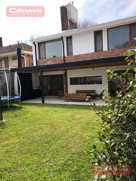 Foto Casa en Alquiler temporario en  Punta Chica,  San Fernando    G. gilardi 3000 Punta chica , FEBRERO USD 3000