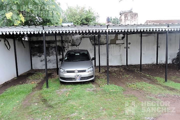 Foto Departamento en Venta en  Moron Sur,  Moron  Parana al 500