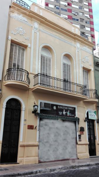 Foto PH en Venta en  San Telmo ,  Capital Federal  Balcarce al 700