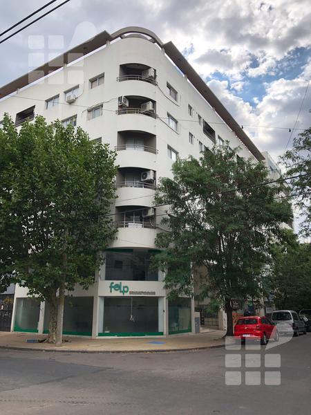 Foto Departamento en Alquiler en  La Plata ,  G.B.A. Zona Sur  12 nº al 400