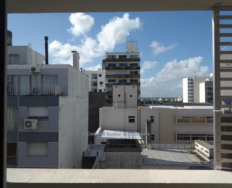 Foto Apartamento en Alquiler en  Cordón ,  Montevideo  Apartamento de 1 dormitorio en venta y alquiler en Cordón