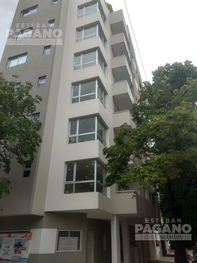 Foto Departamento en Alquiler en  La Plata,  La Plata  7 y 66