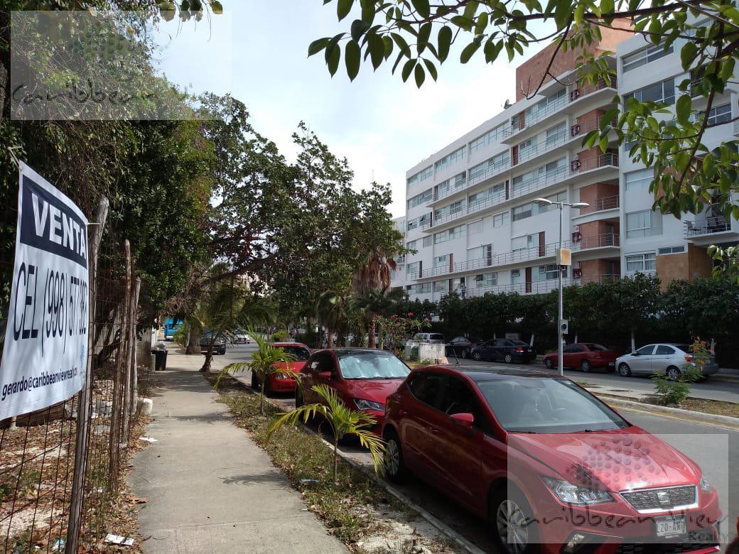 Foto Terreno en Venta en  Supermanzana 16,  Cancún  Excelente Terreno en la Avenida Nizuc Lote 30, Manzana 3, Supermanzana 16