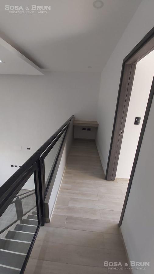 Foto Casa en Venta en  Cañitas,  Cordoba Capital  CASA COUNTRY CAÑITAS FALDA DEL CARMEN 3 DORMITORIOS  COCHERA  VENDO