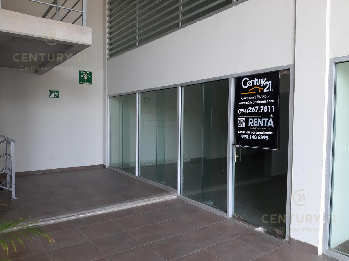 Foto Local en Renta en  Supermanzana 5 Centro,  Cancún  Local Comercial Plaza Solare C2235