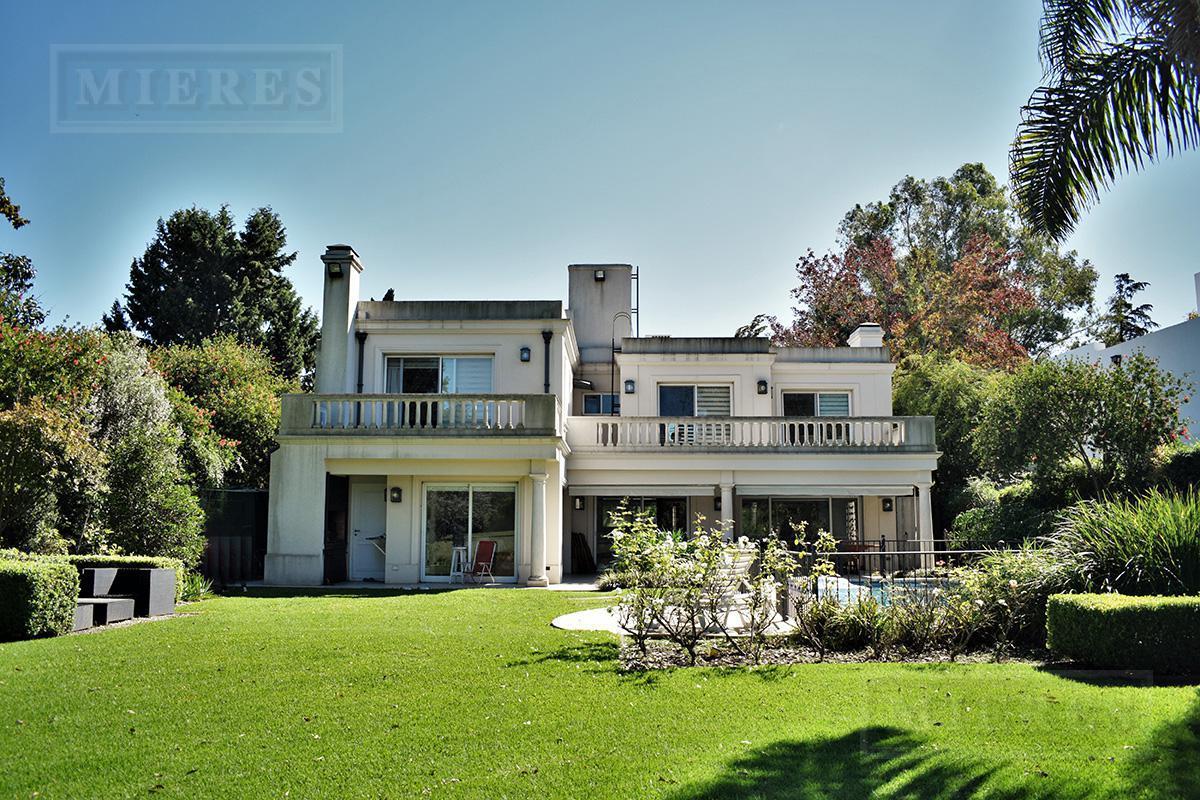 Mieres Propiedades - Casa de 428 mts. en Highland Park
