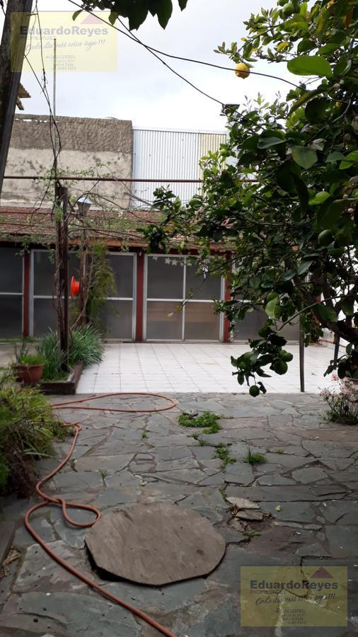 Foto Casa en Venta en  Lanús Este,  Lanús  EVA PERÓN  4436