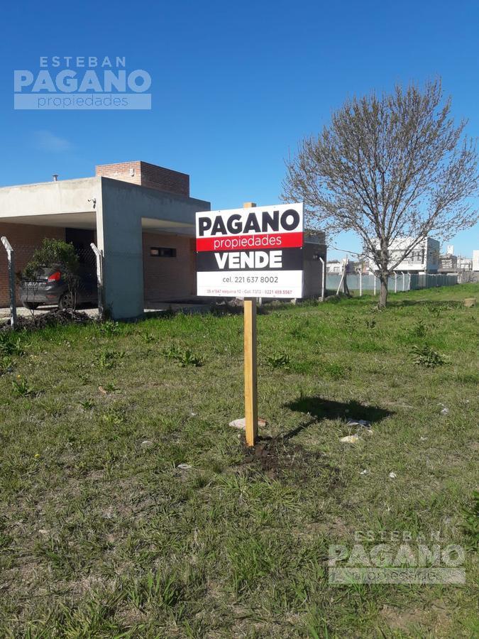 Foto Terreno en Venta en  José Hernández,  La Plata  501 e/ 137 y 138 Terreno en venta Don Carlos Don Alejandro