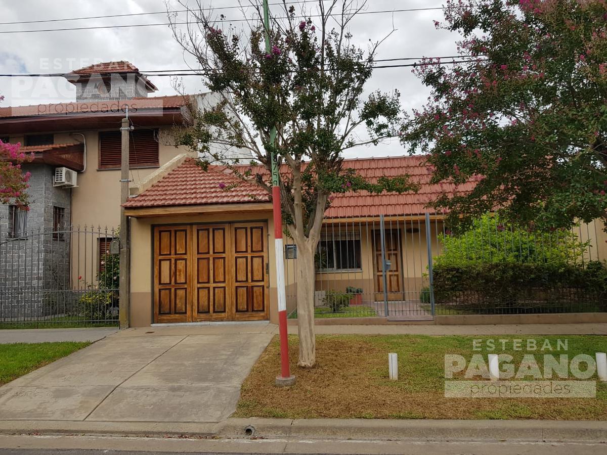 Foto Casa en Venta en  La Plata,  La Plata  78 bis e 14 y 15