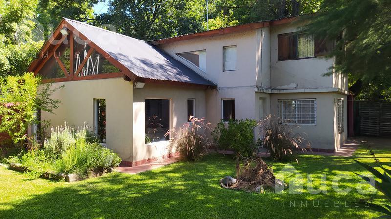 Foto Casa en Venta en  La Pista,  Ingeniero Maschwitz  VENTA | CASA en VENTA Luminosa con Jardin  y Pileta