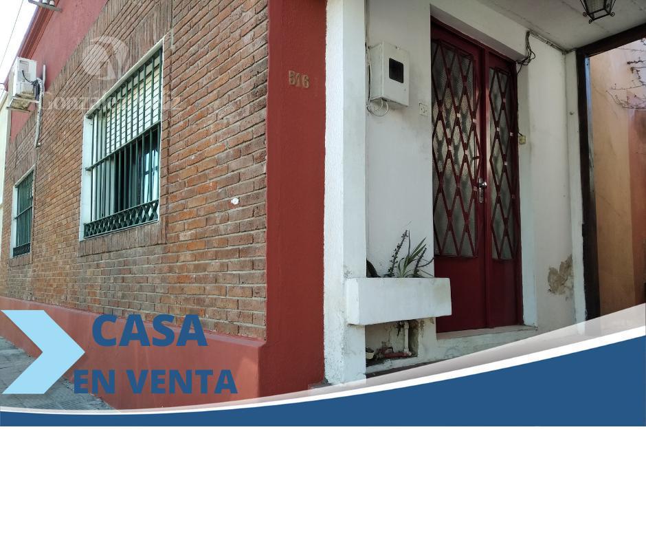 Foto Casa en Venta en  Carmelo ,  Colonia  Carmen entre Gral. Flores y 25 de Mayo
