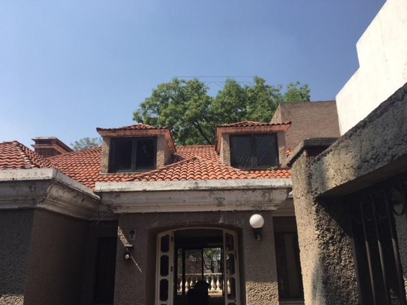 Foto Casa en Venta en  Lomas de Tecamachalco,  Huixquilucan  Lomas de Tecamachalco, casa en cerrada  a la venta (GR)