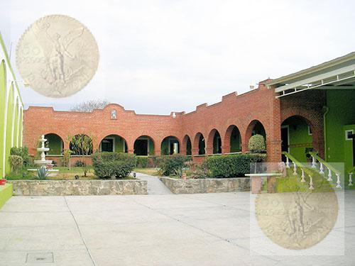 Foto Local en Renta en  San Juan del Río ,  Querétaro  Propiedad con gran potencial