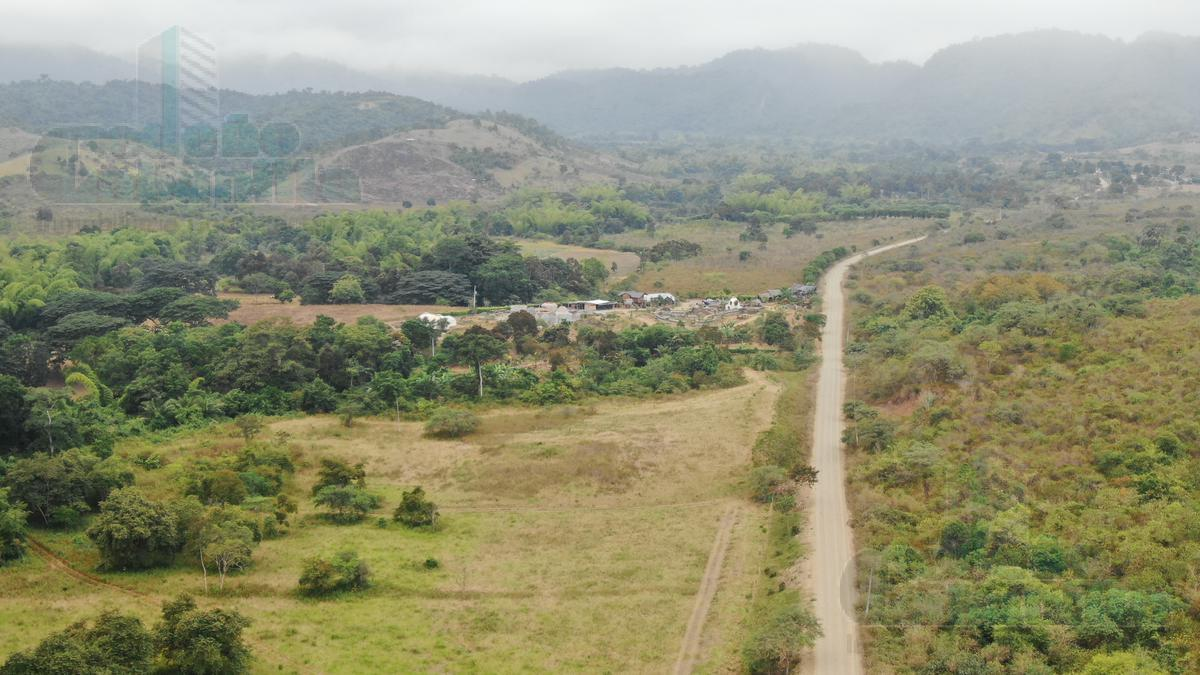 Foto Terreno en Venta en  Olon,  Ruta del Sol  VENTA DE QUINTA CREDITO DIRECTO