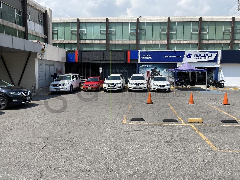 Foto Local en Renta en  La Escuela,  Tlalnepantla de Baz  SKG Asesores Inmobiliarios RENTA locales Comerciales  sobre Av Gustavo Baz en Tlalnepantla.