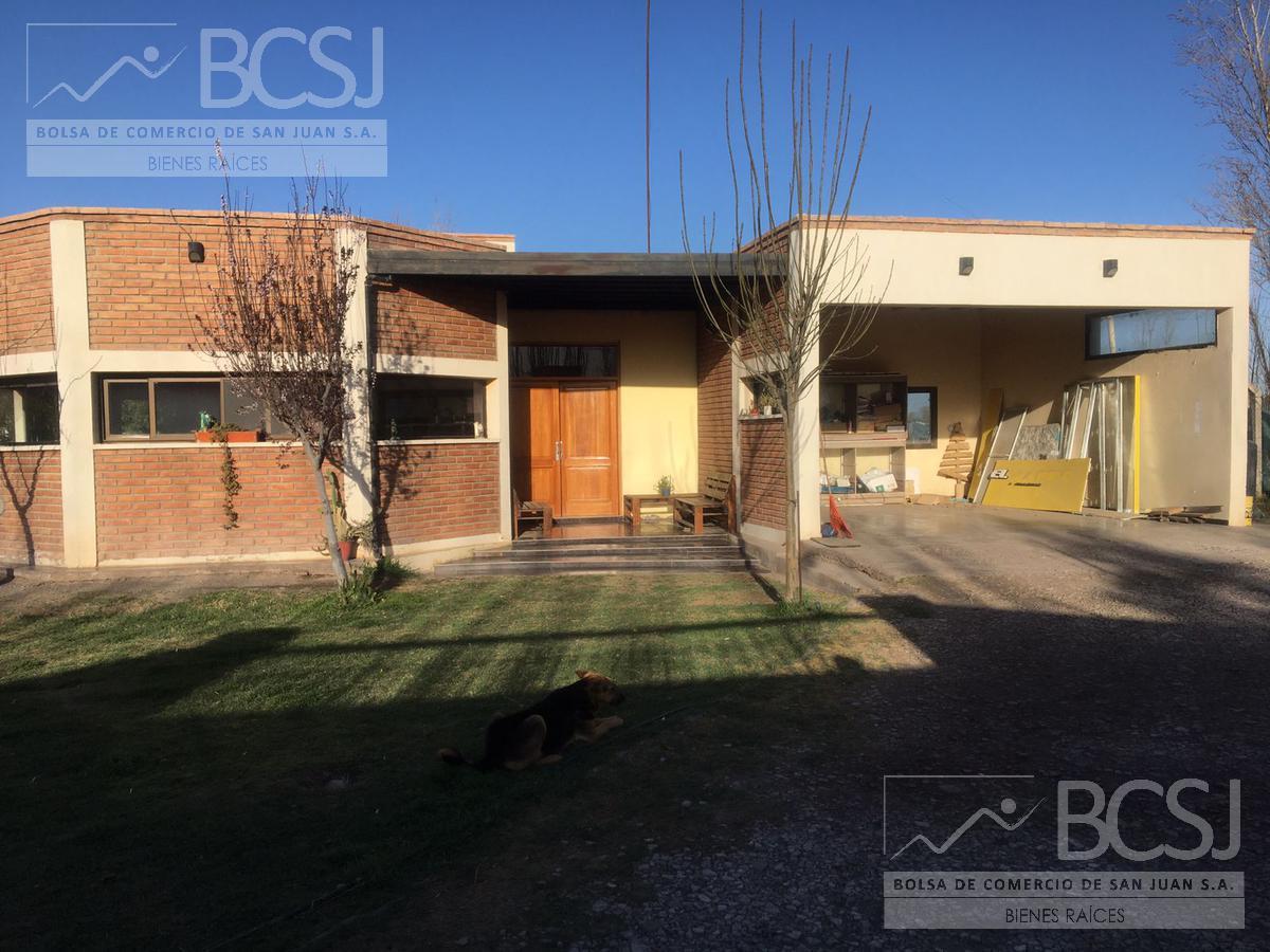 Foto Casa en Venta en  Rawson ,  San Juan  Casa quinta  - el Medanito-