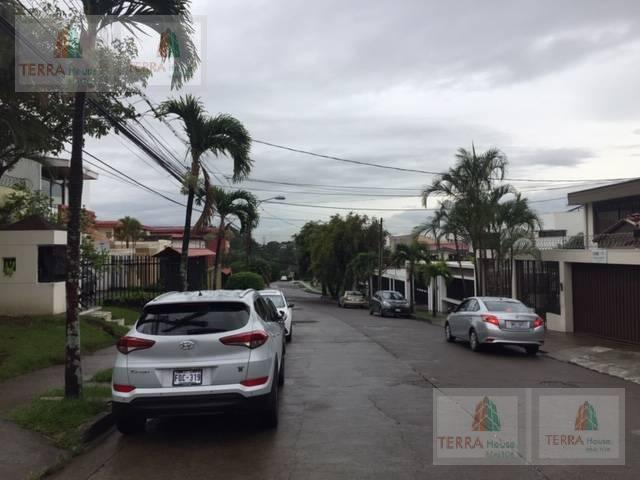Foto Departamento en Venta en  Pavas,  San José  ROHRMOSER EDIF DE 14 APART