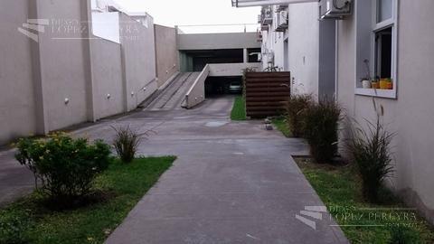 Foto Departamento en Alquiler en  Olivos,  Vicente Lopez  Jose Maria Paz 451