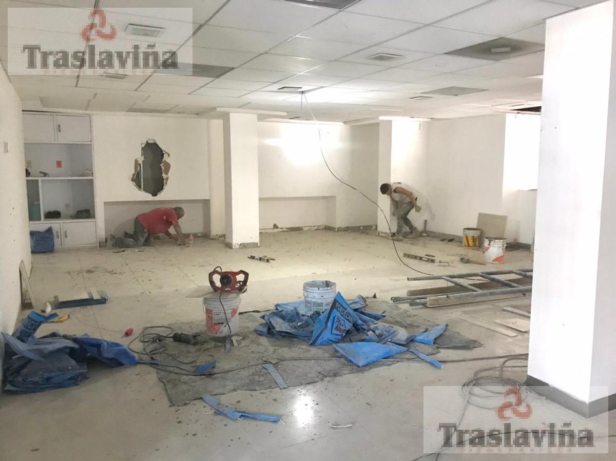 Foto Local en Renta en  Santa Clara,  León  Local Comercial en Renta en esquina Torres Landa y San Marcial