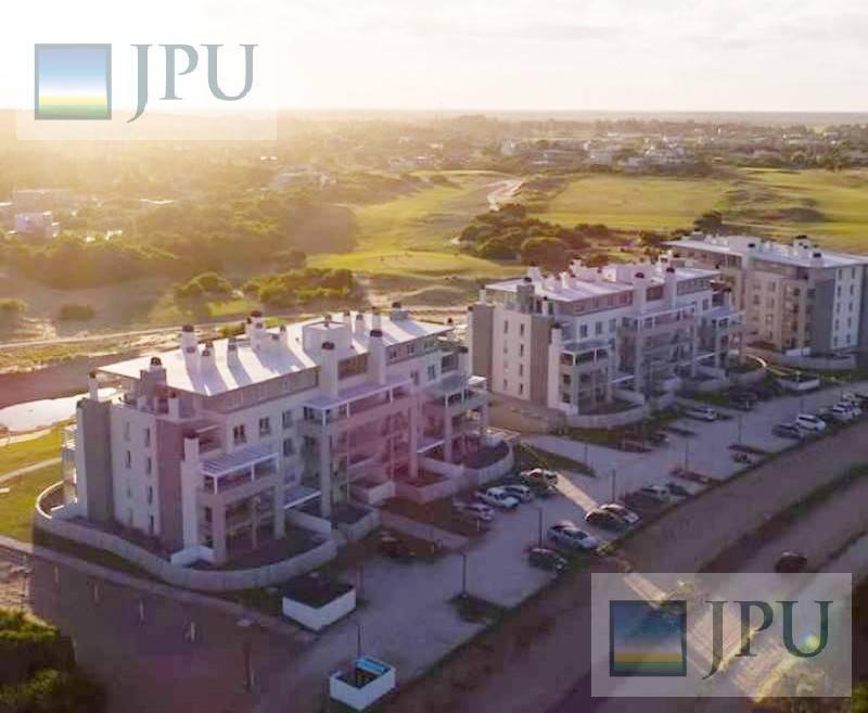 Foto Departamento en Alquiler temporario en  Costa Esmeralda,  Punta Medanos          AlGolf19 - Edificio Águila, 3° F