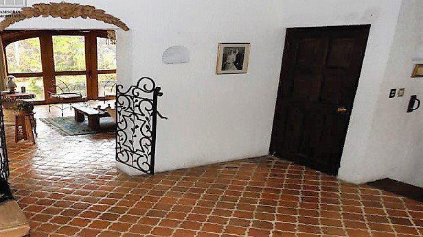 Foto Casa en Venta en  Jardines del Pedregal,  Alvaro Obregón  Col. Jardines Pedregal, 686m2,  zona tranquila, cerca Insurgentes