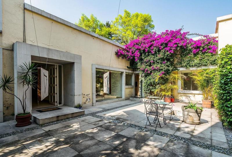 Foto Casa en Venta en  Coyoacan ,  Ciudad de Mexico  Casa en Venta Barrio Santa Catarina, Centro de Coyoacán
