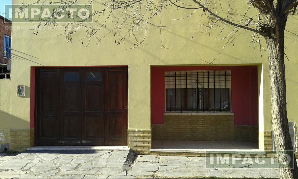 Foto Casa en Venta en  Cañuelas ,  G.B.A. Zona Sur  Sargento Cabral al 600