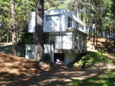 Foto Casa en Venta en  Villa Gesell ,  Costa Atlantica  Ombu y Ombu