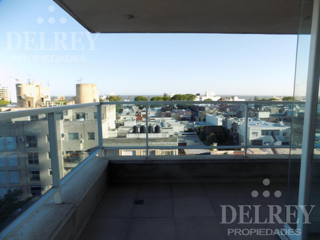 Foto Departamento en Alquiler en  Buceo ,  Montevideo  Diamantis Plaza