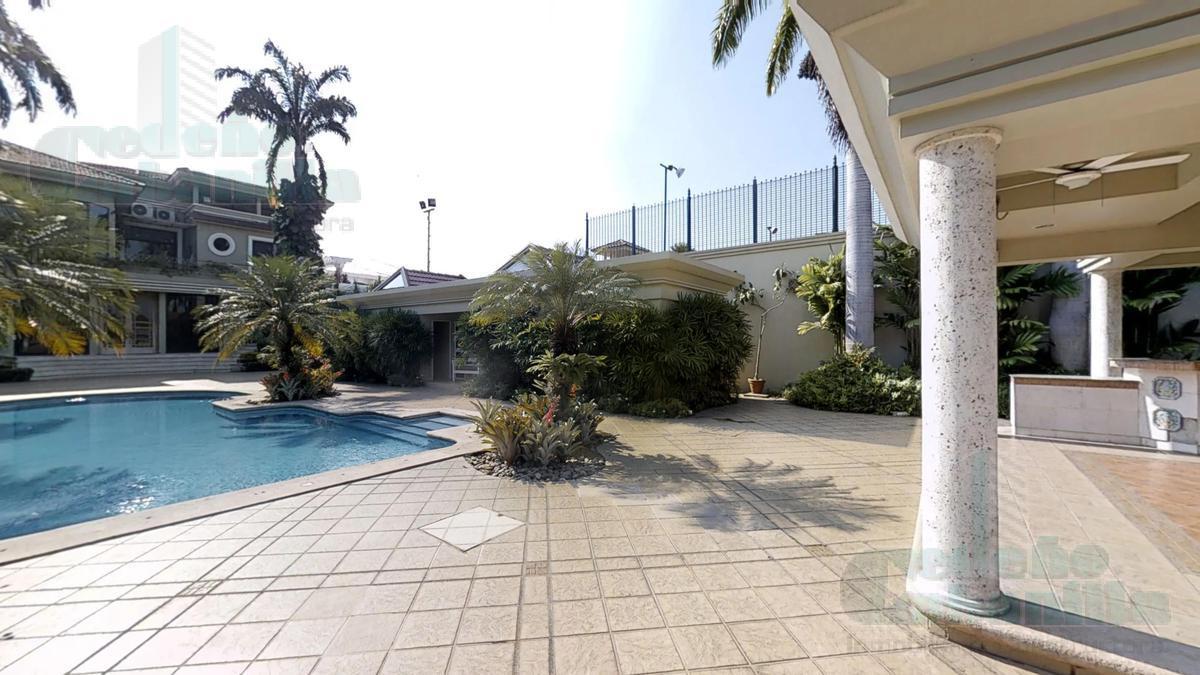 Foto Casa en Venta en  Samborondón,  Guayaquil  VILLA EN VENTA VÍA SAMBORONDON VISTA AL RIO
