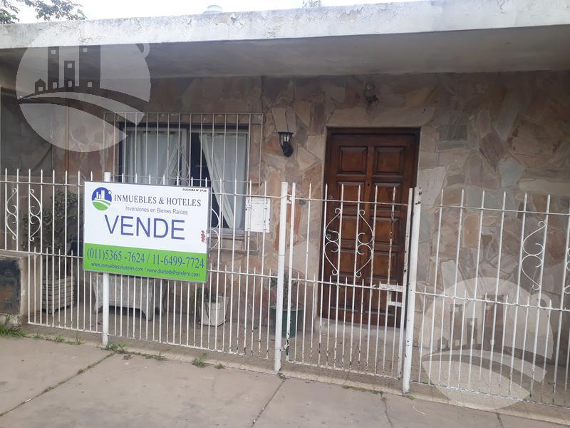 Foto Casa en Venta en  Pablo Nogues,  Malvinas Argentinas  Pasco al 4500