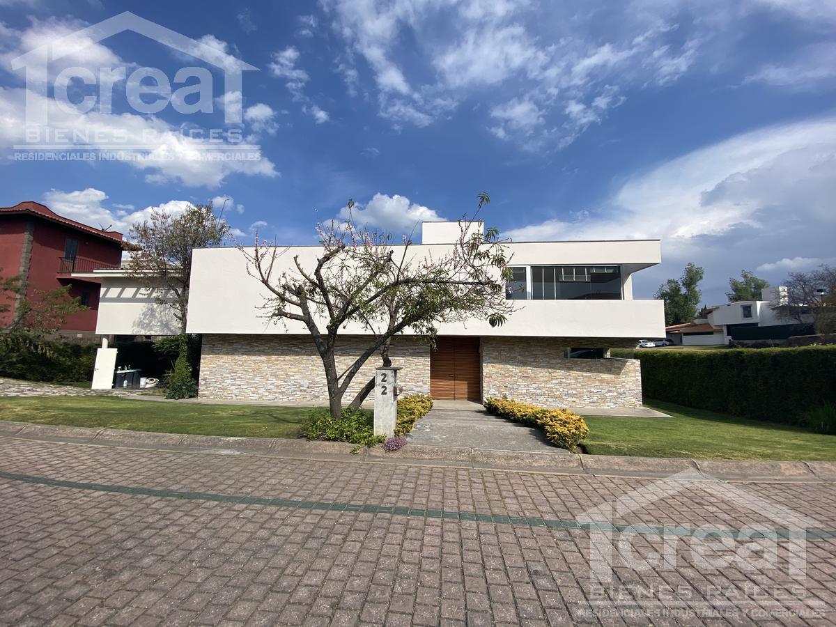 Foto Casa en Venta en  Club de Golf los Encinos,  Lerma  Casa en renta Club de Golf los Encios 4 recamaras