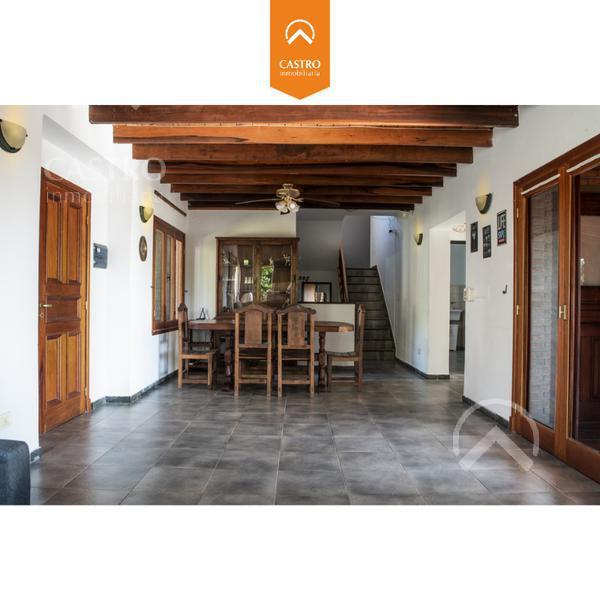 Foto Casa en Venta en  Country Club Chumamaya,  Merlo  Circulacion Club de Campo Chumamaya