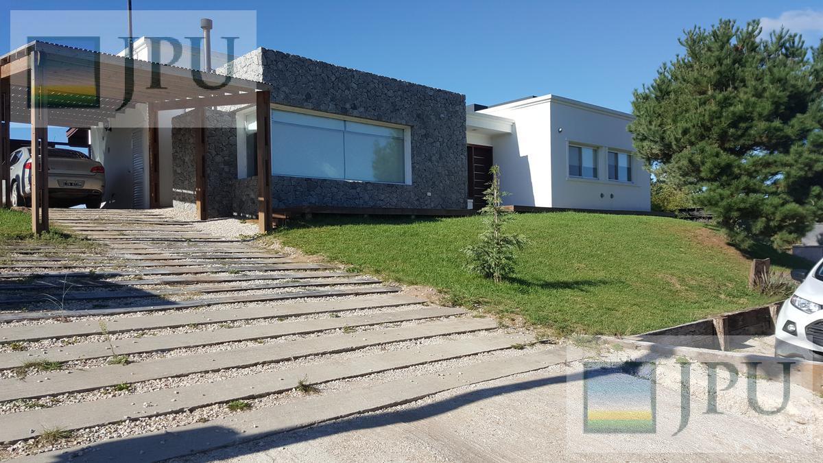 Foto Casa en Venta en  Costa Esmeralda,  Punta Medanos  Senderos I 110