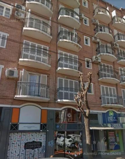 Foto Departamento en Venta en  Castelar Norte,  Castelar  Montes De Oca al 1000