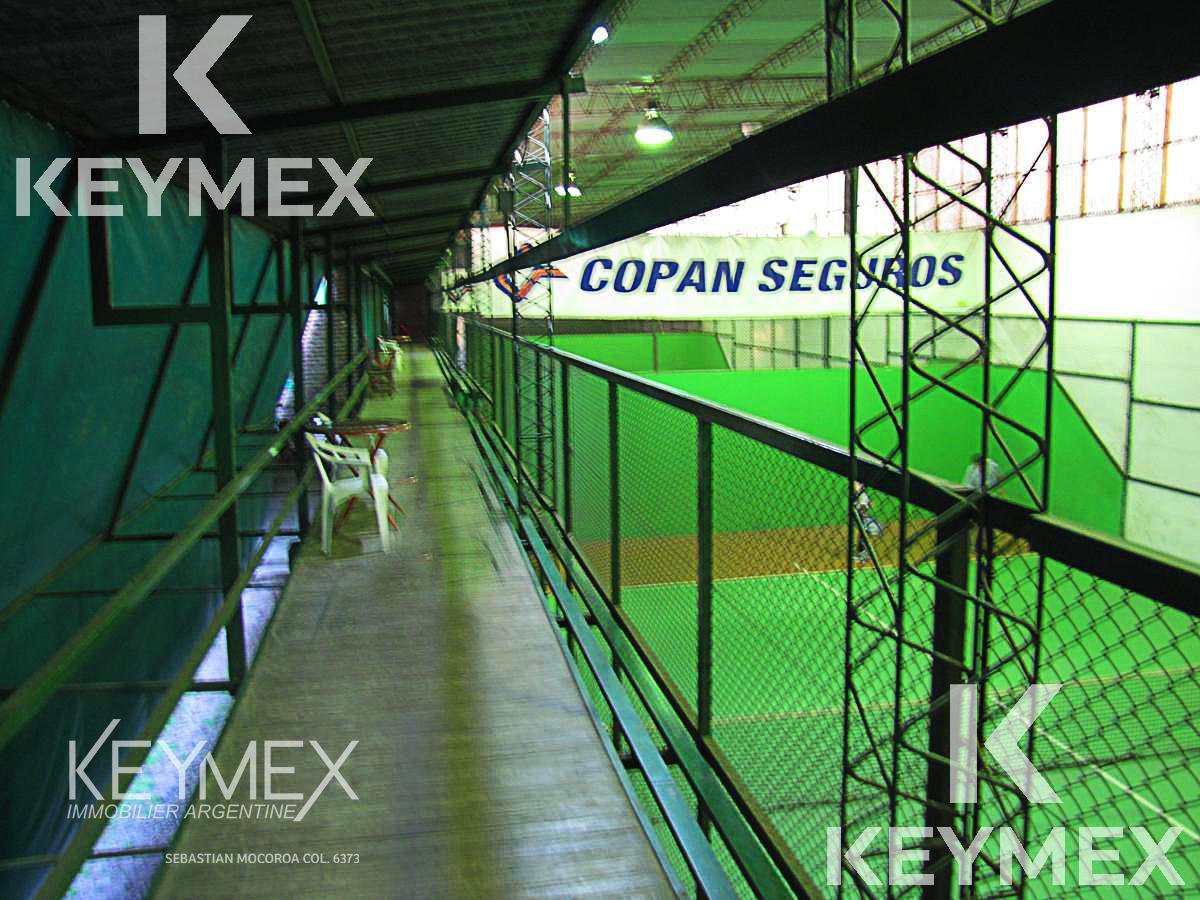Foto Local en Venta en  La Plata ,  G.B.A. Zona Sur  Club de Padel y Casa de Fiestas 131 entre 45 y 46