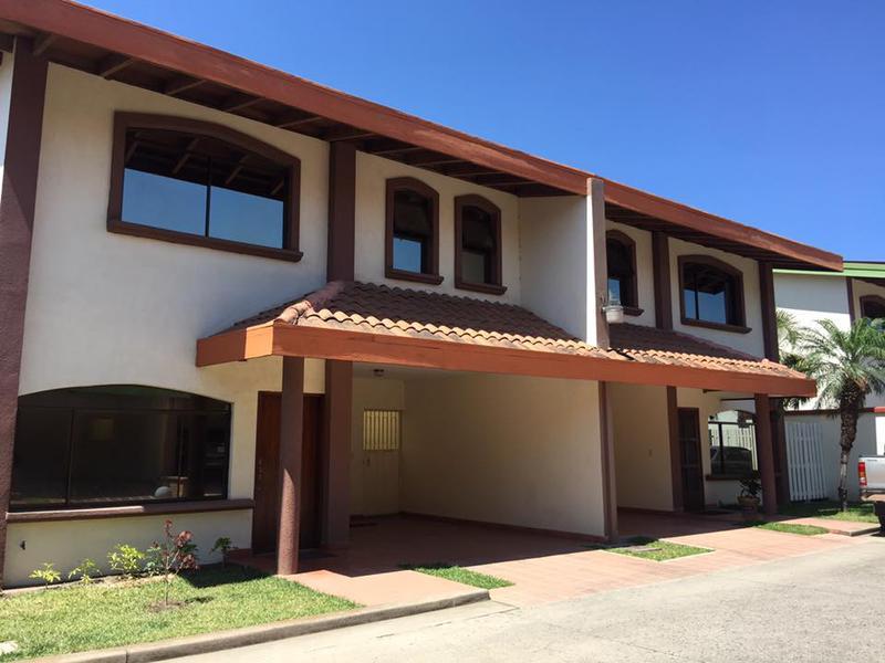 Foto Casa en Renta en  San Ignacio,  Tegucigalpa  Casa En Renta Colonia San Ignacio Tegucigalpa