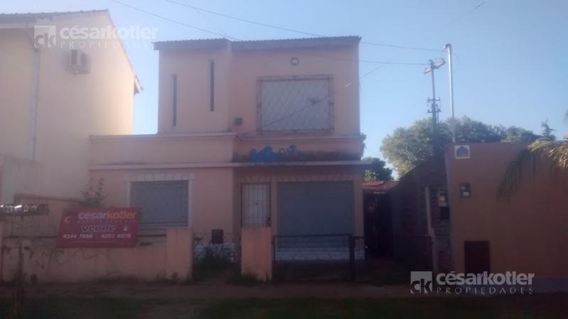 Foto Casa en Venta en  Temperley Este,  Temperley  IRIARTE, GRL. 734