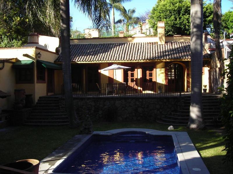 Foto Casa en Renta en  Fraccionamiento Rancho Cortes,  Cuernavaca  Casa Rancho Cortes, Cuernavaca