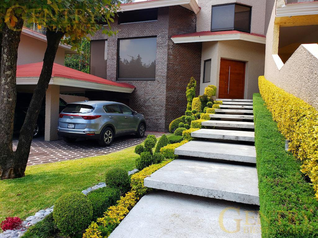 Foto Casa en Venta en  Jardines en la Montaña,  Tlalpan  Casa a la venta o Renta en Cerrada Sorata a excelente precio