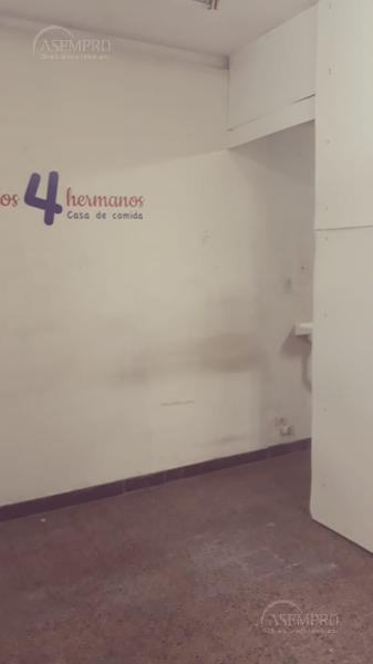 Foto Local en Venta en  Balvanera ,  Capital Federal  Alberti al 100