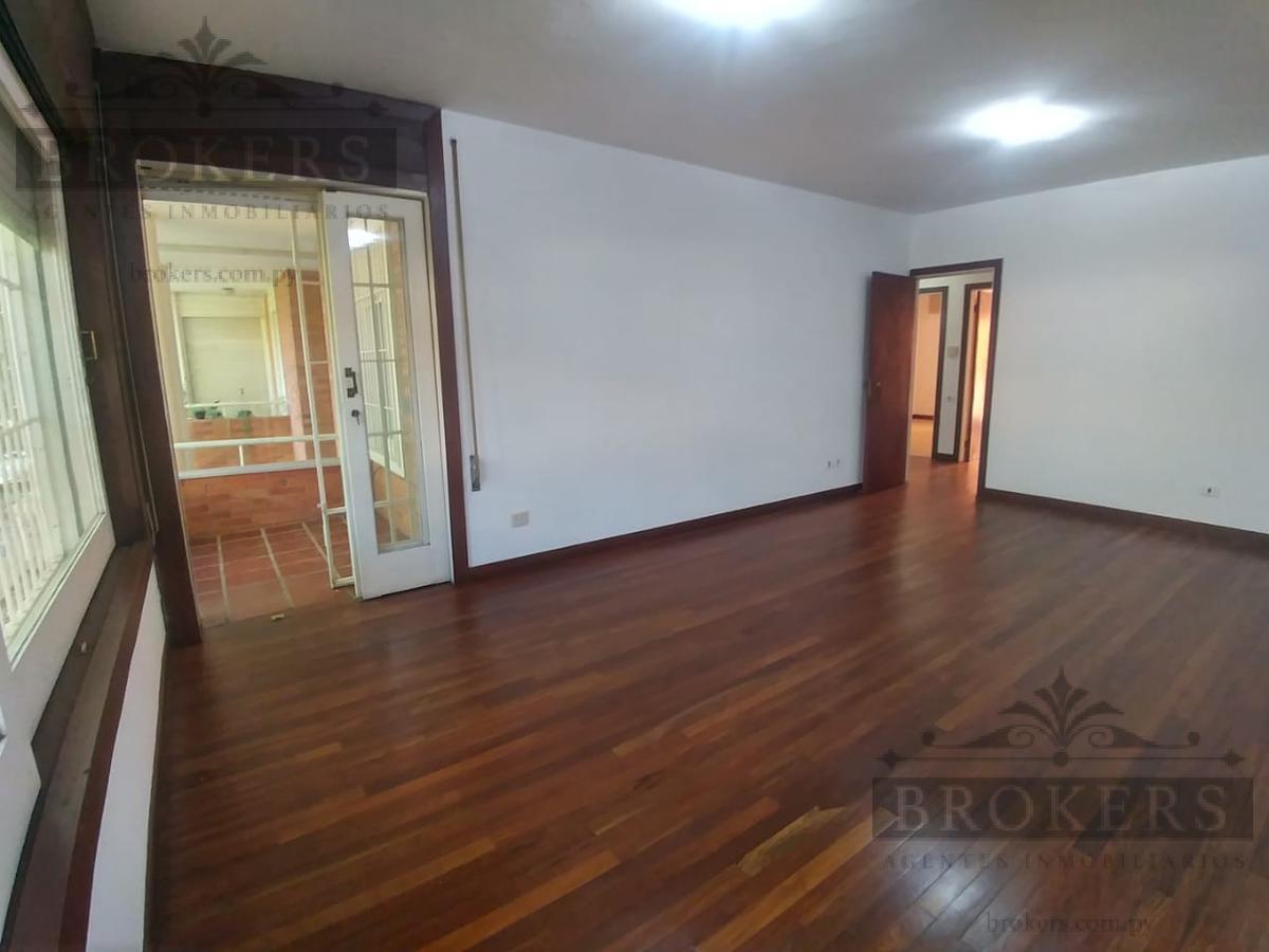 Foto Departamento en Alquiler en  Manorá,  Santisima Trinidad  Alquilo Amplio Departamento De 3 Dormitorios En Barrio Manora