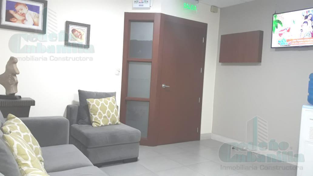 Foto Oficina en Alquiler en  Norte de Guayaquil,  Guayaquil  SE ALQUILA CONSULTORIO PARA LABORATORIO O CLINICA PEQUEÑA EN TORRE MÉDICA DEL OMNIHOSPITAL